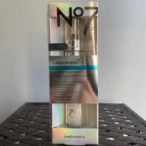 No.7 Line Correcting Booster Serum New In Box